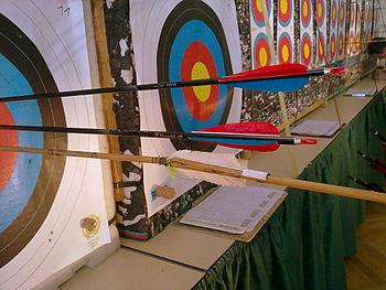 English: Archery Robin-Hood-Shot Deutsch: Boge...