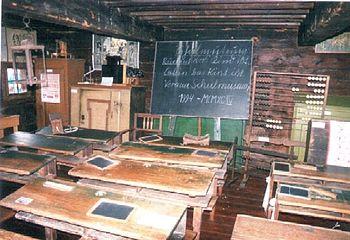 Deutsch: Freilichtmuseum Vorau - Klassenzimmer...